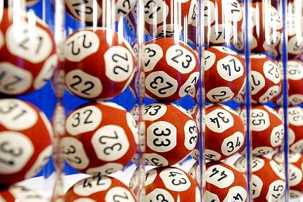Estrazioni del Lotto e Superenalotto di oggi 30 marzo 2017: numeri vincenti 10eLotto serale